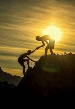 elkaar helpen