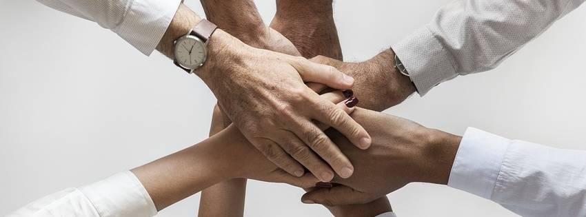 handen van mensen