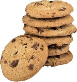 Een stapel met chocolade koekjes