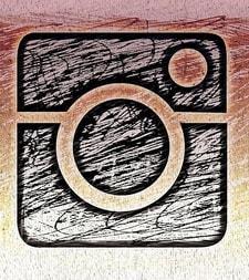 Een zelf getekend Instagram logo