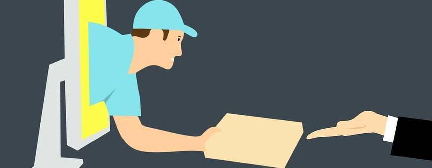 Een man die uit een beeldscherm hangt en een pakketje afgeeft